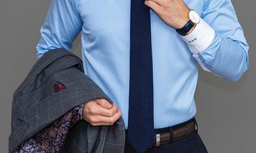 Kiedy mężczyzna powinien zakładać koszulę do spodni?
